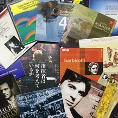 ジョン・マウチェリ「指揮者は何を考えているか 」~ マーラー 交響曲第4番冒頭「イン・テンポそり」の鈴の速さ