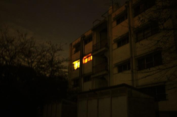 フリー画像・団地の灯り