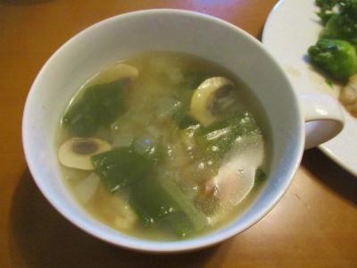 200404新玉ねぎとベーコンのスープ