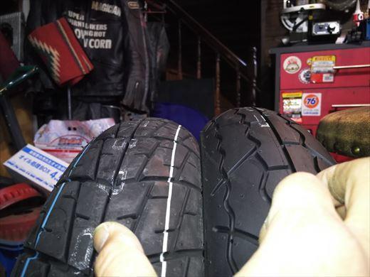 バイクのタイヤ (4)
