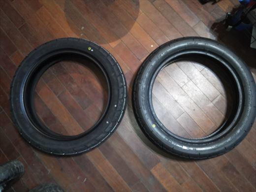 バイクのタイヤ (5)