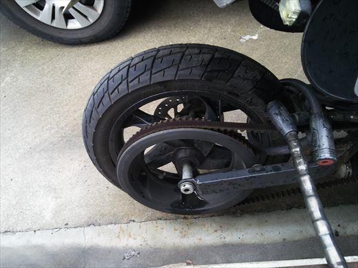 バイクのタイヤ (14)