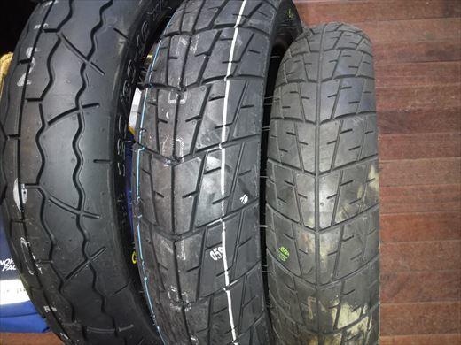 バイクのタイヤ (10)