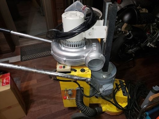 床の研磨機を買う (18)