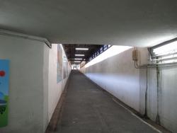 191202_04地下通路角
