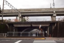 191203_02縄手橋と新幹線