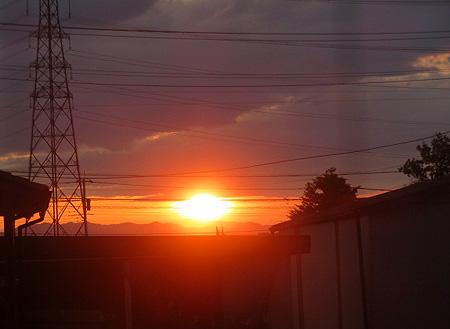 0503少し雲の日の出