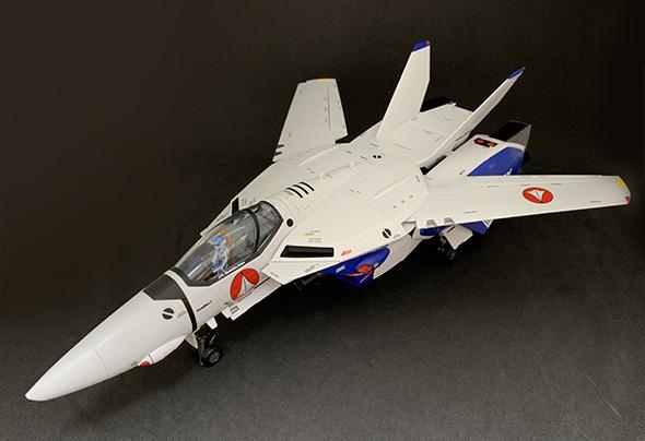 DX超合金 VF-1A バルキリー (マクシミリアン・ジーナス機)
