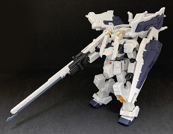 ガンダムTR-1[ヘイズル・ラー](第一形態)