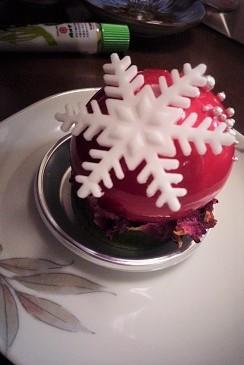 雪のケーキ