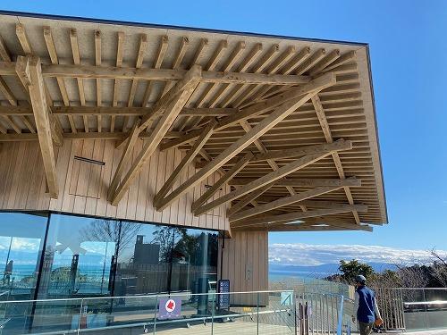 夢テラス展望台の外観木組み