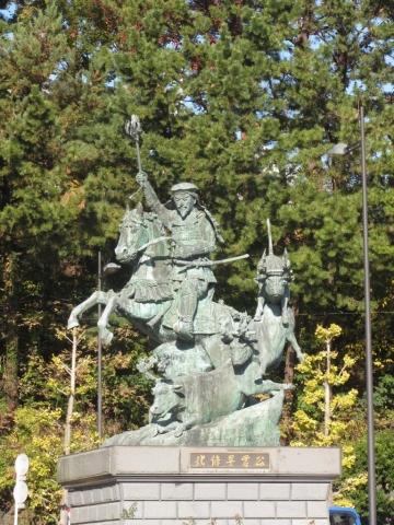 北条早雲公銅像
