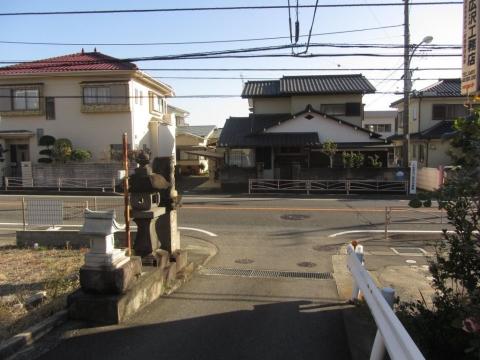 旧東海道・大山道分岐点