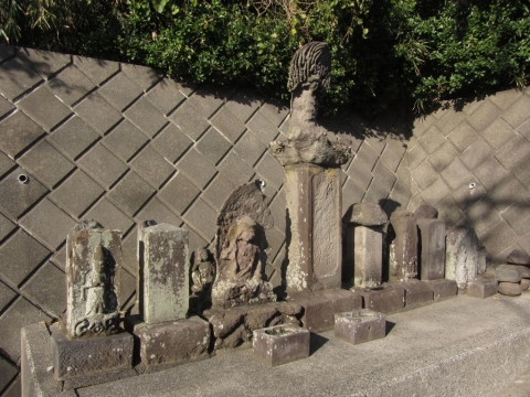 旧大山道の石仏群