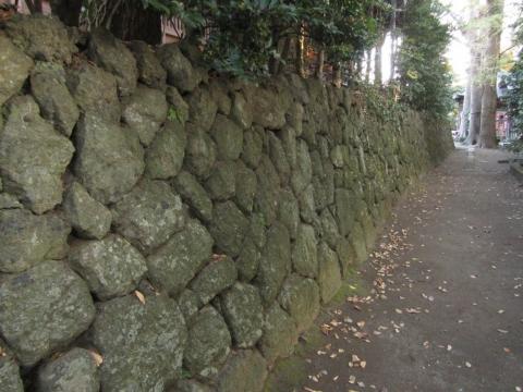 六所神社の石垣