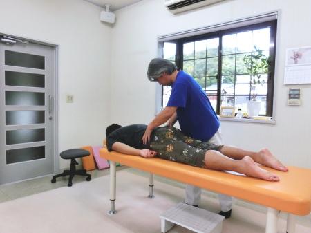 坐骨神経痛による足の裏のしびれ807