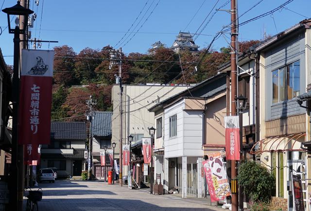 191109-七間朝市-001-S
