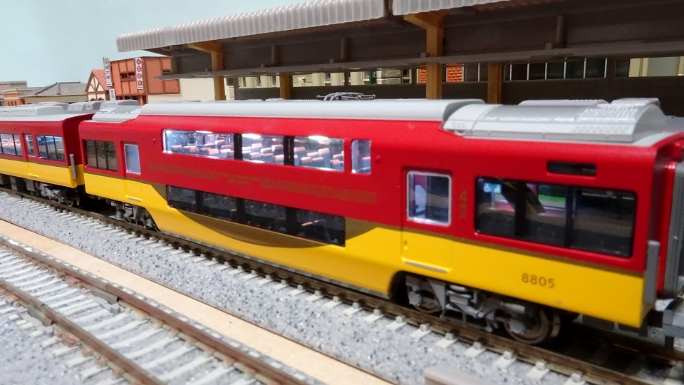 京阪8000系プレミアムカー