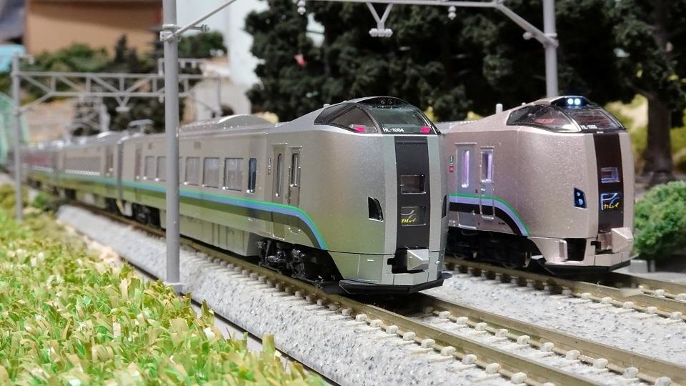 789系1000番台 KATOとマイクロ