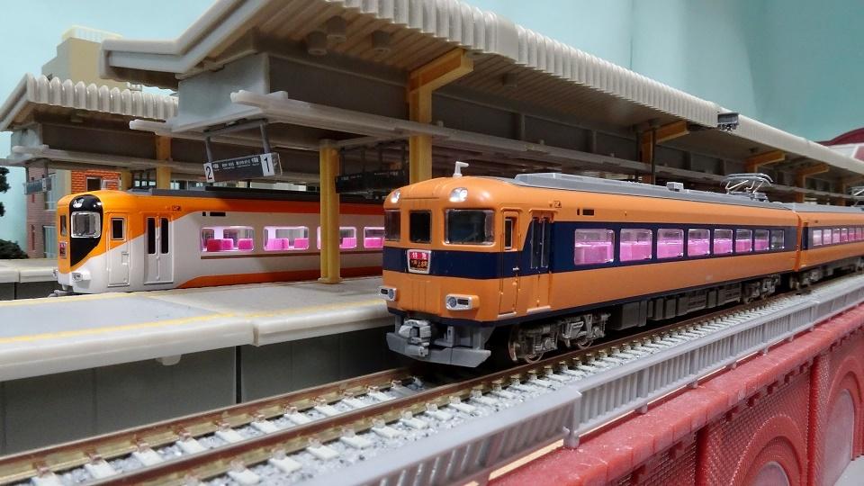 近鉄 12410系 新塗装 旧塗装