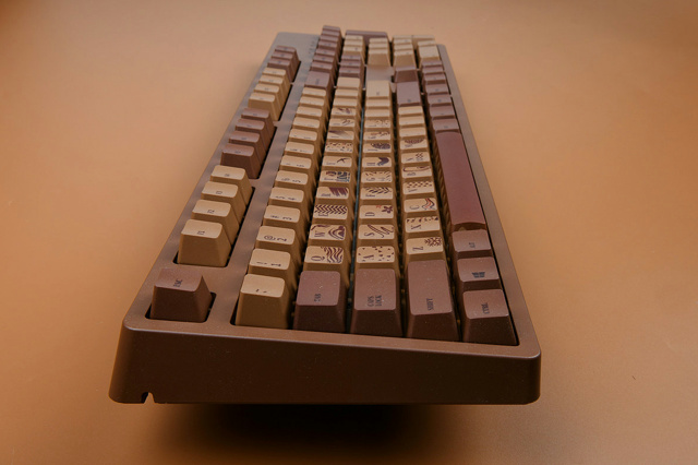 AJAZZ_Chocolate_Cubes_10.jpg