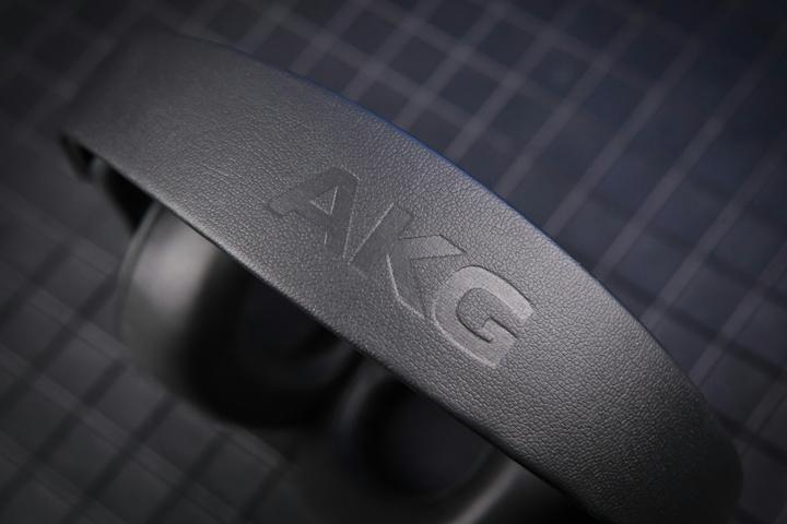 AKG_K371-Y3_09.jpg