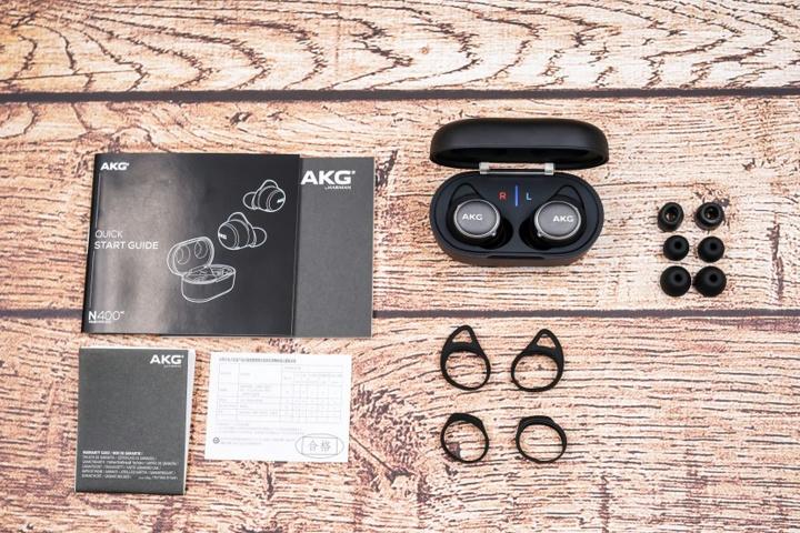 AKG_N400_19.jpg