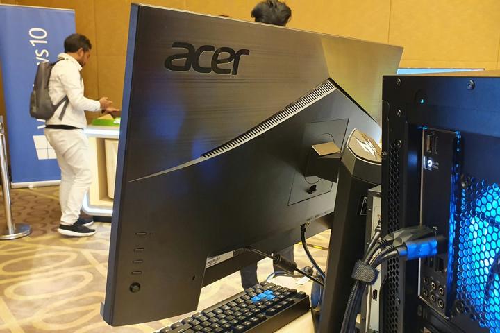 Acer_Predator_XB273UGS_05.jpg
