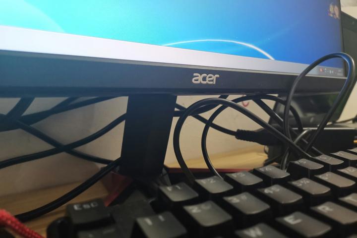 Acer_VG240YSbmiipx_07.jpg