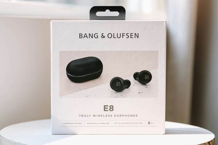 Bang_Olufsen_Beoplay_E8_3rd_Gen_01.jpg