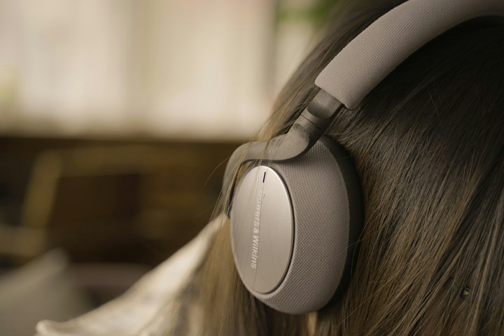 Bowers_and_Wilkins_PX7_15.jpg