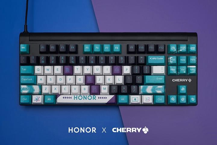 CHERRY_HONOR_Mechanical_Keyboard_02.jpg