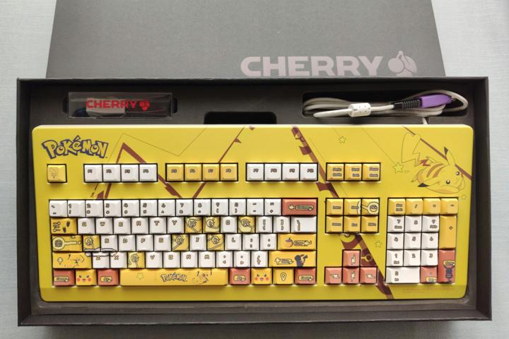 Cherry_G80-3000_PIKACHU_01.jpg