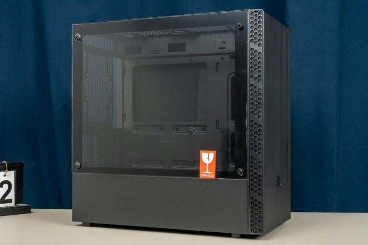 Cooler_Master_MasterBox_MB400L_03.jpg