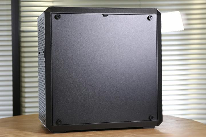 Cooler_Master_MasterBox_Q500L_04.jpg
