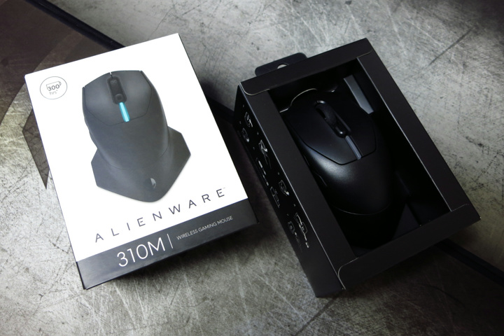 DELL_ALIENWARE_AW310M_Review_04.jpg