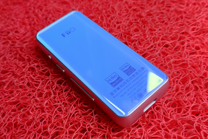 FiiO_BTR5_Blue_05.jpg