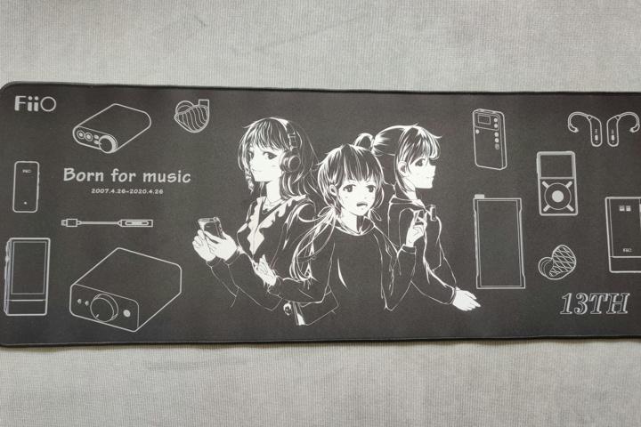 FiiO_MousePad_02.jpg