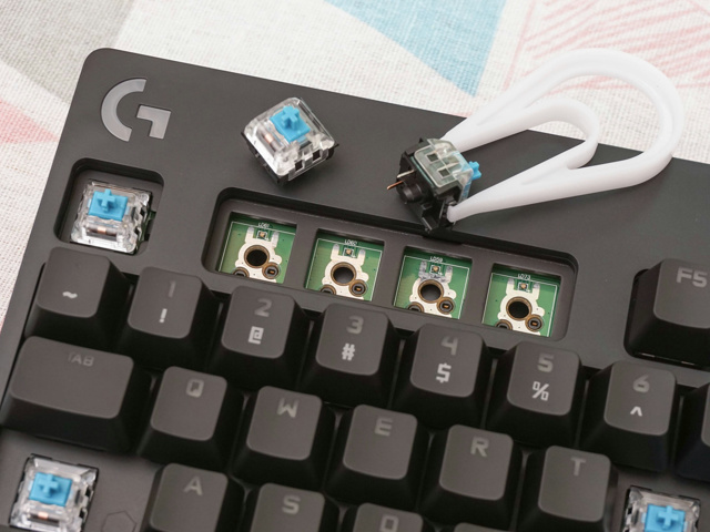 G_Pro_X_Mechanical_Gaming_Keyboard_21.jpg