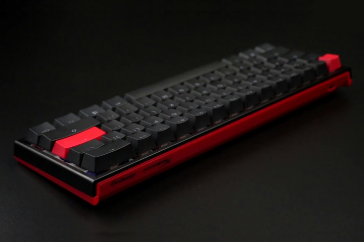 HyperX_Ducky_One_2_Mini_04.jpg