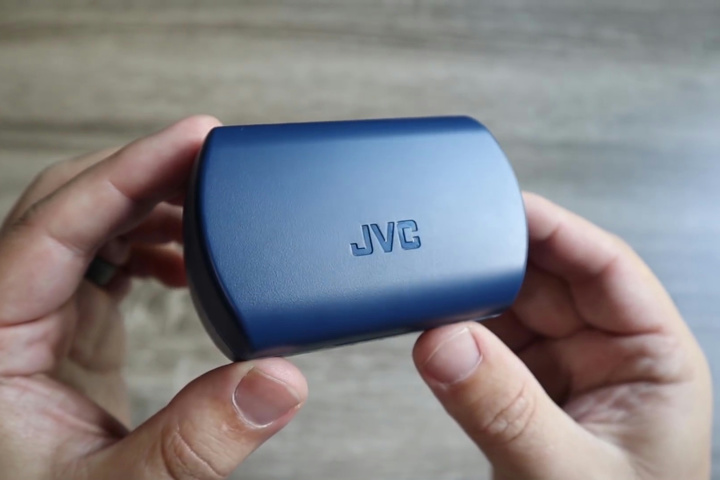 JVC_HA-ET45T_06.jpg