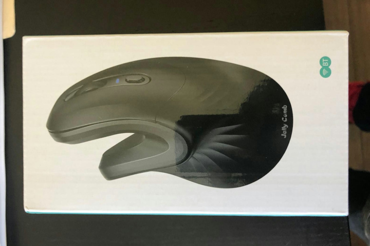 Jelly_Comb_Advanced_Vertical_Wireless_Bluetooth_Mouse_01.jpg
