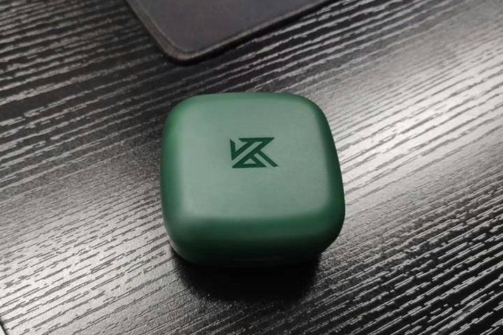 KZ_Z1_02.jpg