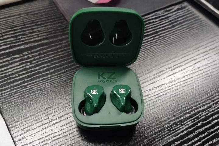 KZ_Z1_03.jpg