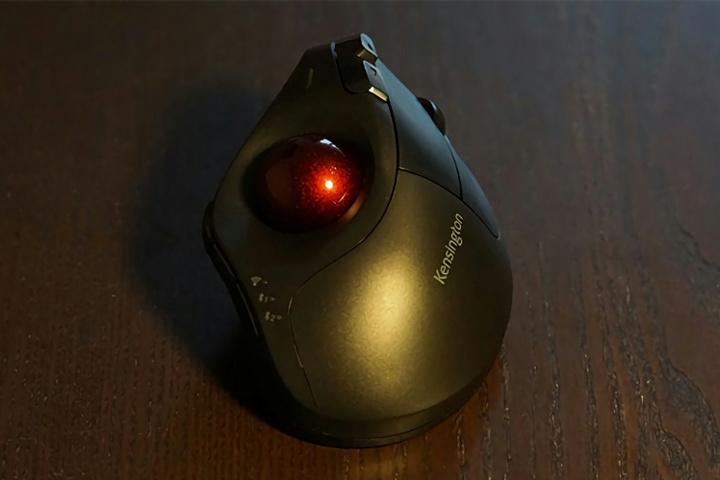 Kensington_Pro_Fit_Ergo_Vertical_Wireless_Trackball_04.jpg