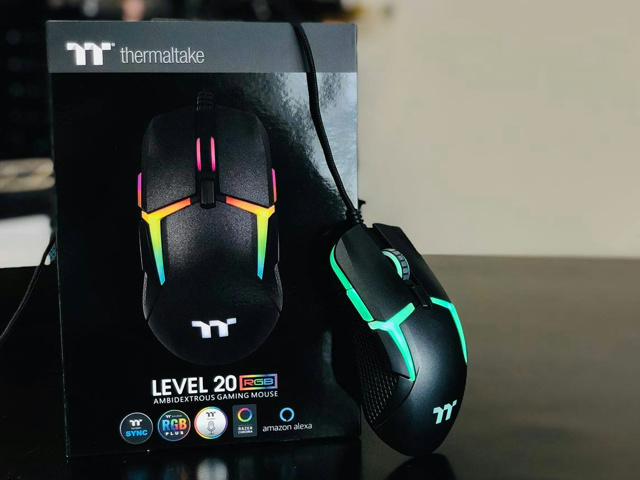 Level_20_RGB_Gaming_Mouse_09.jpg