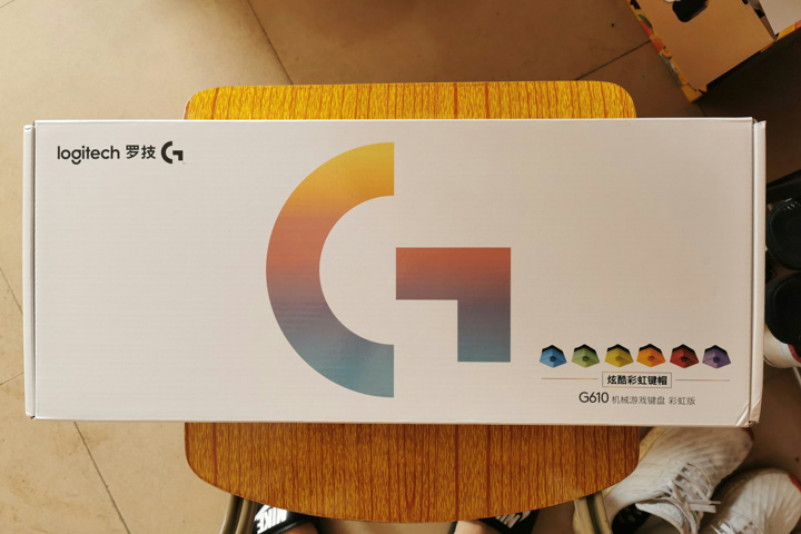Logicool_G610_Rainbow_01.jpg