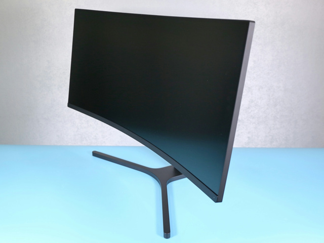 Mi_144Hz_Curved_Gaming_Monitor_05.jpg