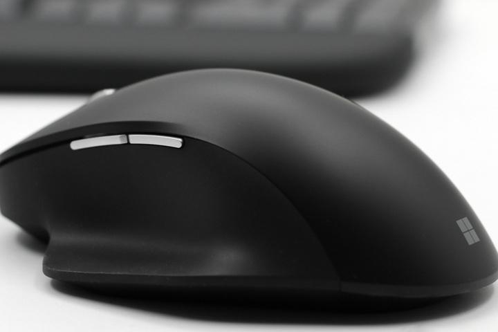 Microsoft_Ergonomic_Mouse_04.jpg