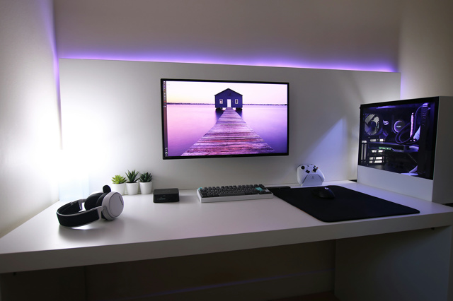 PC_Desk_171_34.jpg